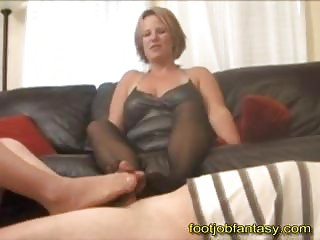 twofold mature babe footjob