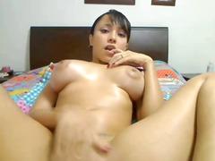 slut going crazy on webcam spraying orgasm
