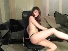 sweetheart eastern lass get nude dance on cam
