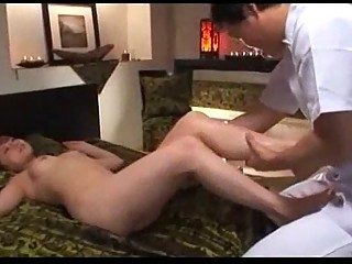 eastern  babe massaged with oil kitty fingered on