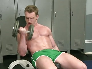 muscular jock is a exposed twink lady