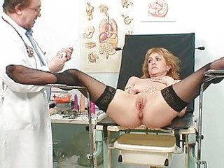 lean mature babe gyno clinic exam by rooty nurse