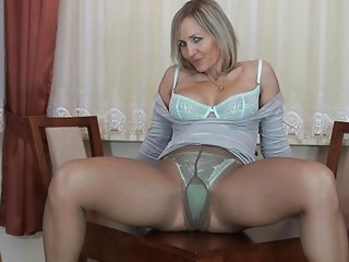 strong anal albino mature into nylons fist her
