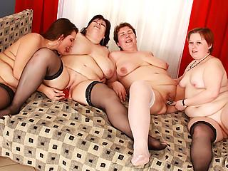 large plump homosexual woman group sex